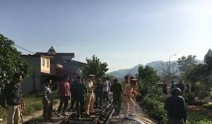 Lạng Sơn: Người đàn ông bị tàu hỏa đâm tử vong