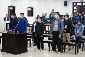 Cựu giám đốc CDC Hà Nội bị đề nghị 10-11 năm tù