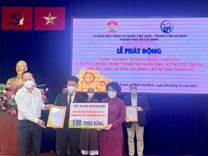 Tập đoàn Novaland tặng 500 triệu đồng cho Quỹ 'Vì người nghèo'