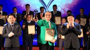 Tôn vinh 50 tài xế và 17 tập thể đoạt giải thưởng 'Vô lăng vàng' năm 2020