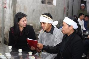 Mặt trận Hà Nội thăm hỏi gia đình liệt sĩ hy sinh tại Thủy điện Rào Trăng 3