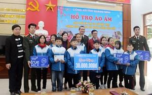 Công an tỉnh Quảng Ninh tặng trên 1000 suất quà Tết cho các hộ nghèo