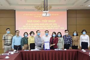 Quảng Ninh: Bàn giao 316 hồ sơ người ứng cử ĐBQH và HĐND tỉnh
