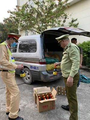 Quảng Ninh: Liên tục bắt giữ nhiều vụ vận chuyển hàng nhập lậu
