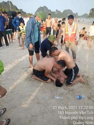 Quảng Ninh: Nạn nhân đuối nước đã ngừng thở được cứu sống thần kỳ
