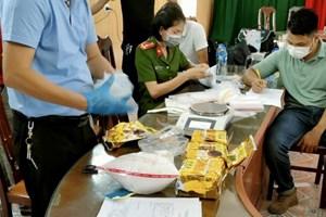 Hải Phòng: Bắt quả tang 3 đối tượng đang vận chuyển 5 kg ma túy đá