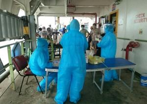 Quảng Ninh: Cách ly 80 người tiếp xúc gần với ca tái dương tính