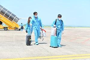 Quảng Ninh: Đón thành công 345 khách có 'hộ chiếu vaccine' trở về từ Mỹ