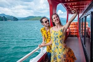 Quảng Ninh: Du lịch tăng trưởng nhờ gói kích cầu hiệu quả.