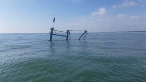 Tàu cá bất ngờ bốc cháy, 5 thuyền viên may mắn thoát nạn
