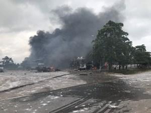 Cháy lớn tại khu kiểm hóa Hải quan Densavan khiến 2 người tử vong, 4 người Việt bị thương