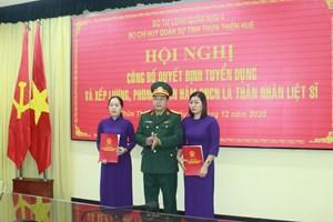 Vợ liệt sĩ hy sinh tại Rào Trăng 3 được tuyển dụng quân nhân chuyên nghiệp