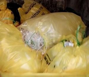 Bộ Y tế yêu cầu tăng cường quản lý chất thải trong phòng, chống dịch