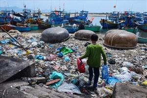 Báo động tình trạng ô nhiễm môi trường biển đảo