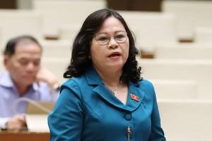ĐBQH tranh luận về chuyển CQĐT sai sót SGK, Thứ trưởng 'mong cử tri hiểu'