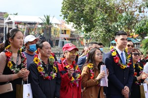 Hội An đón đoàn du khách đầu tiên của năm 2021