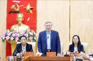 Chánh án TAND tối cao Nguyễn Hòa Bình chúc Tết và làm việc tại Quảng Ngãi
