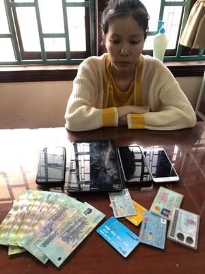Quảng Ngãi: Bắt 'nữ quái' 9X lừa đảo qua mạng chiếm đoạt hơn nửa tỷ đồng