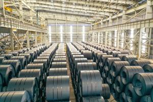 Quảng Ngãi: Thép Hòa Phát Dung Quất cán mốc 1 triệu tấn thép cuộn cán nóng