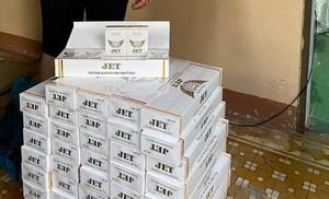 Bắt một phụ nữ buôn lậu hơn 50 nghìn bao thuốc lá