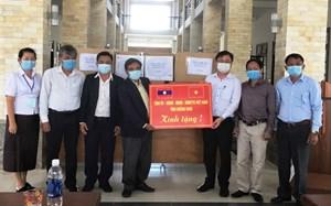 Quảng Nam: Hỗ trợ vật tư y tế phòng chống dịch Covid-19 cho tỉnh Sê Kông