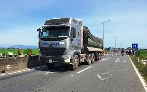 Quảng Nam: Xe tải va chạm xe máy khiến 1 người tử vong