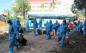 Quảng Ngãi: Đón 200 thai phụ từ vùng dịch phía Nam về quê