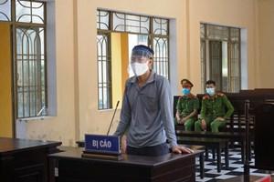 Quảng Nam: Lĩnh 5 năm tù giam vì đánh bạc và đâm bạn cùng chơi