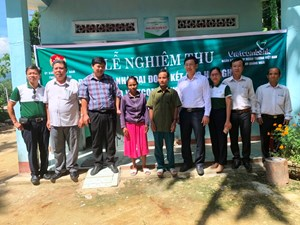 """Quảng Ngãi: Mặt trận bàn giao 24 nhà """"Đại đoàn kết"""" cho hộ nghèo"""