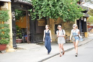 Quảng Nam: Xin phép đón du khách quốc tế