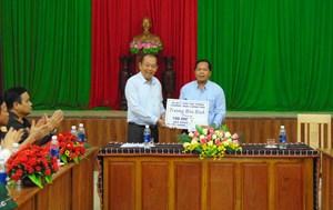 Phó Thủ tướng Thường trực kiểm tra công tác khắc phục hậu quả mưa lũ ở vùng biên giới Quảng Nam