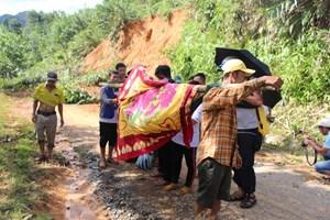 Vụ sạt lở đất ở Trà Leng: Kịp thời cứu hàng chục người bị vùi lấp