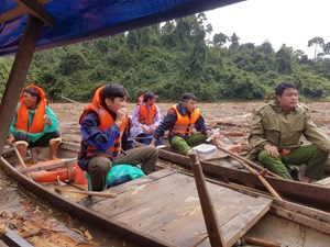 Quảng Nam: Còn 14 người mất tích trong vụ sạt lở núi ở Trà Leng
