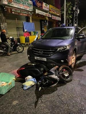Đang trên đường đi sinh bị ô tô tông bất tỉnh
