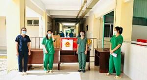 Bỏ phiếu bầu cử ở khu cách ly, bệnh viện điều trị Covid-19 có gì đặc biệt?