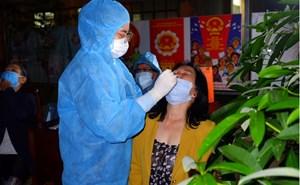 TP Hồ Chí Minh: Đến tận nhà lấy mẫu xét nghiệm