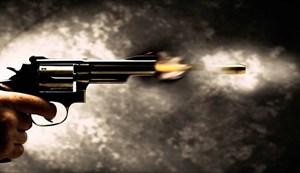 Người đàn ông nổ súng bắn chết khách cùng bàn tiệc cưới