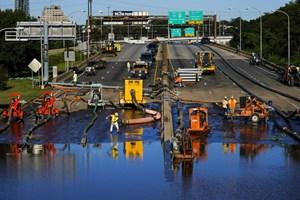 Mỹ: Cảnh sát tiếp tục tìm kiếm người mất tích sau trận lũ lụt thảm khốc do siêu bão Ida