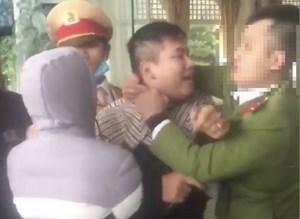 Nam thanh niên Hải Phòng đấm trung úy công an chảy máu mũi vì bị thu giữ phương tiện