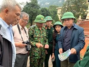Đoàn công tác Bộ Xây dựng khảo sát các điểm sạt lở tại miền Trung