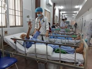 Cần Thơ: 'Thần tốc' cứu sống cụ ông gần 90 tuổi bị đột quỵ nặng