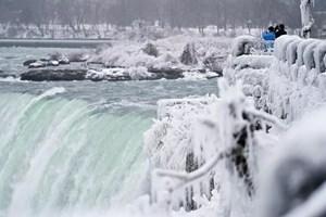 [ẢNH] Vẻ đẹp của thác Niagara vào mùa đông