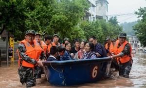 Trung Quốc nâng mức ứng phó khẩn cấp lũ lụt