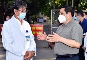 Thủ tướng chỉ đạo làm rõ thông tin 'tiêm vaccine không cần đăng ký'