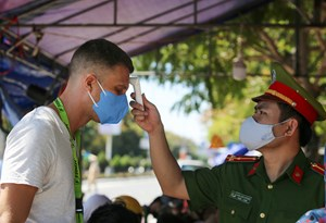 Báo quốc tế theo sát nỗ lực chống Covid-19 của Việt Nam