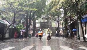 Hà Nội đề phòng mưa dông liên tục trong 10 ngày tới