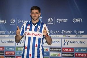 Heerenveen chính thức công bố bản hợp đồng thay thế Văn Hậu