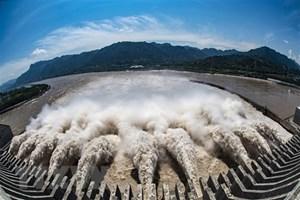 Trung Quốc: Hồ chứa của đập Tam Hiệp hứng lượng nước kỷ lục