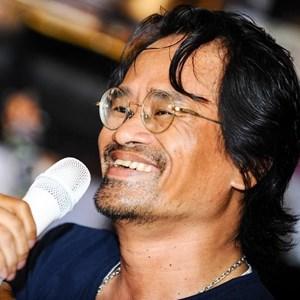 Nhà thơ, nhạc sĩ Nguyễn Hữu Hồng Minh: Hãy tập cách chuyển năng lượng xấu thành tốt