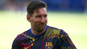 Messi trải lòng sau quyết định ở lại Barcelona thêm một mùa giải
